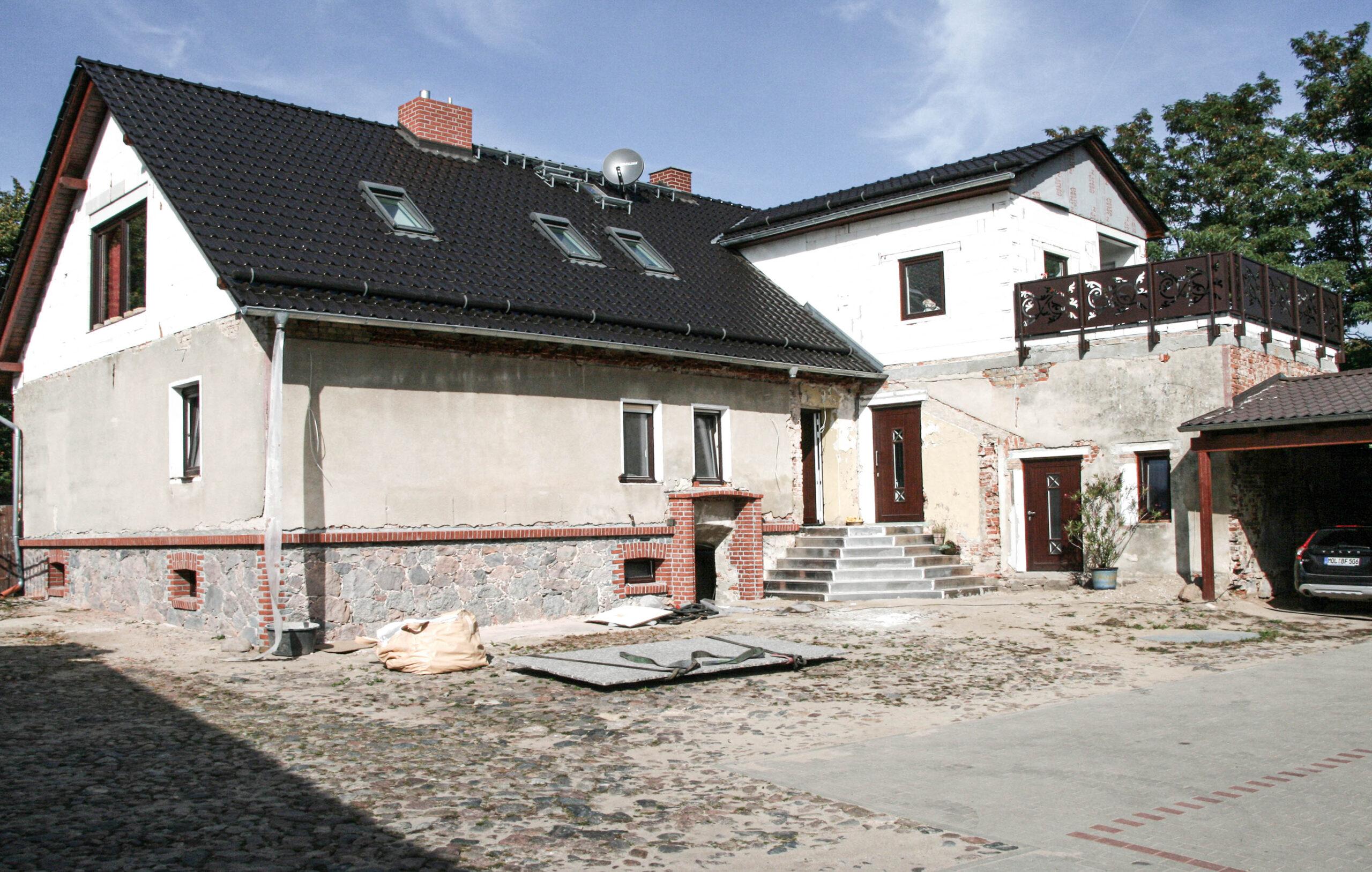 Vor Fassadensanierung in Schleswig-Holstein